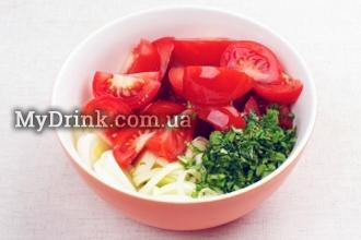 Салат с помидорами и мятой 3