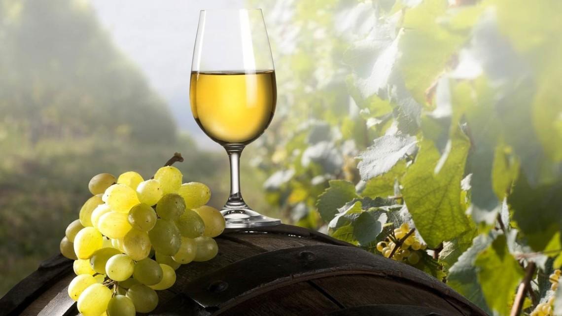 5 белых вин любителям красного