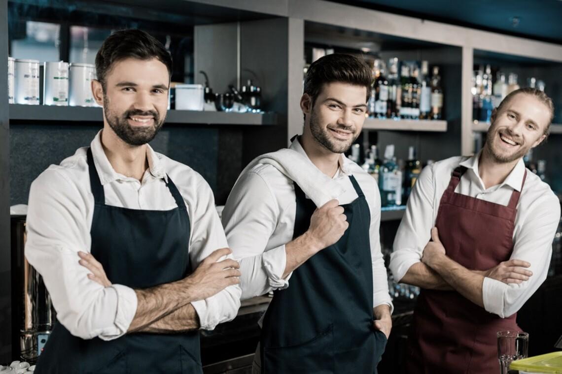 poschiv-uniformy-dlay-restoranov