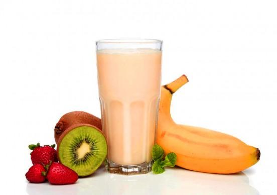 Коктейль фруктовый молочный